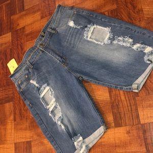 Shorts - Bermuda shorts